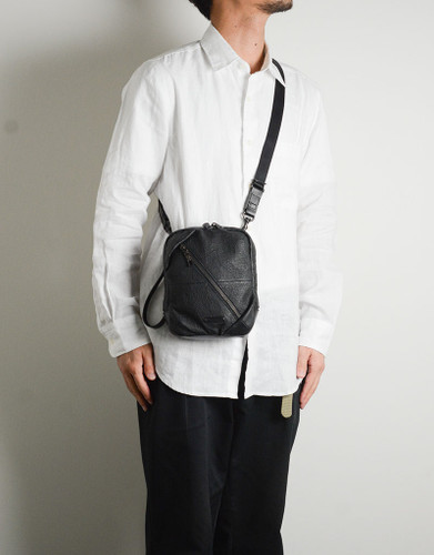 Picture No.6 of master-piece Brain Leather Shoulder Bag 02242