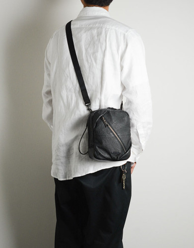 Picture No.7 of master-piece Brain Leather Shoulder Bag 02242