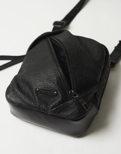 Picture No.10 of master-piece Brain Leather Shoulder Bag 02242