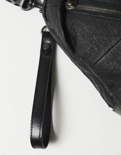 Picture No.13 of master-piece Brain Leather Shoulder Bag 02242