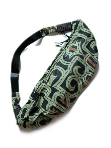 Picture No.1 of KAPITAL Ainu Transfer Nylon Little Snufkin BAG K1803XB546EK-947