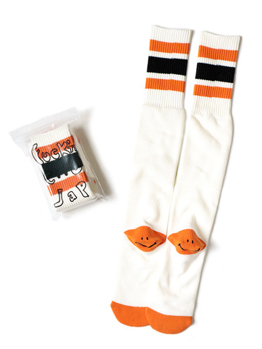 Picture No.3 of KAPITAL 144 Heel Smiley Embroidery Skater's Knee High K2104XG551
