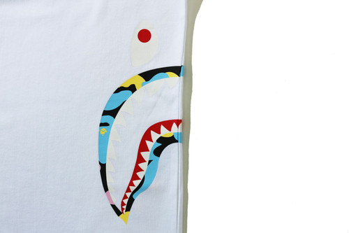 Picture No.12 of BAPE NEW MULTI CAMO SIDE SHARK RELAXED TEE 1H30-110-035