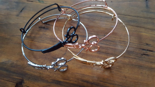 Small Scissor Braclet with Closed Cuff