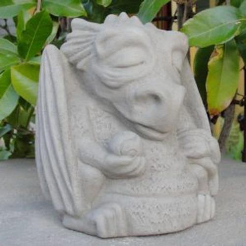 Sm Meditating Dragon  1607