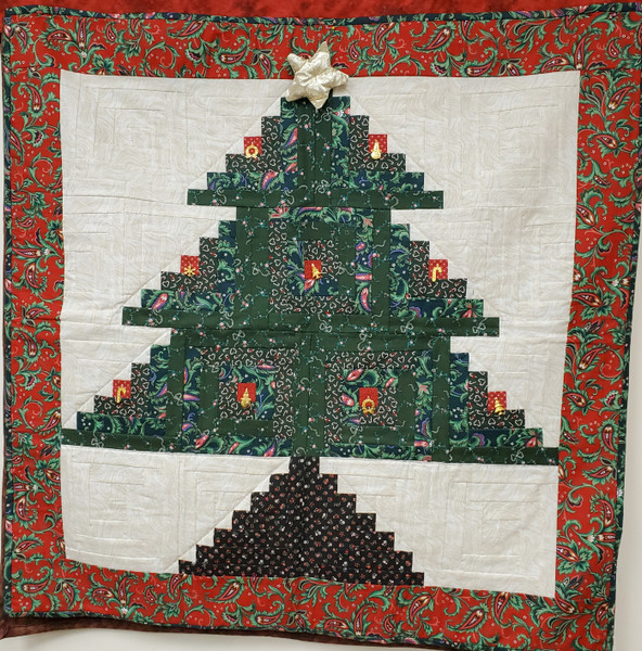 A Merry Christmas Tree, Quilted Wall Hanging