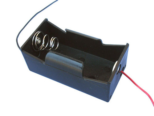 1D battery holder with connection wires.