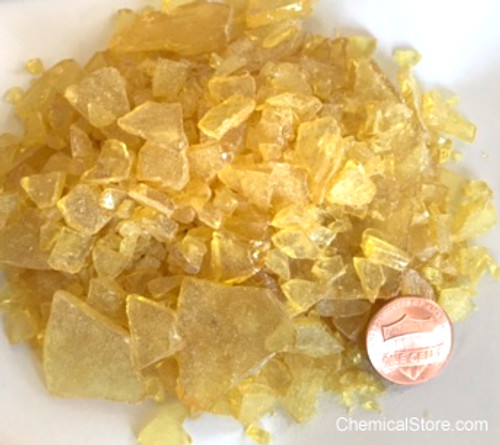 Large Flakes of Brazilian Portuguese pine rosin