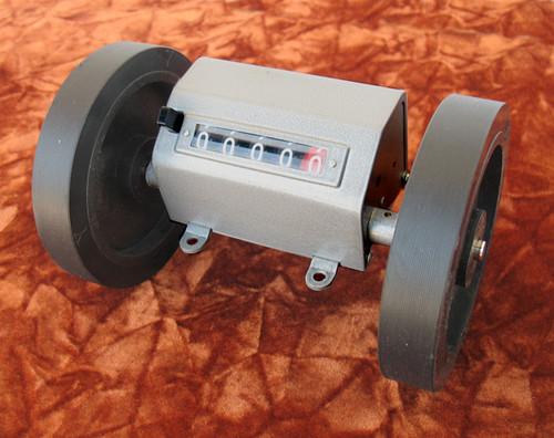 Meter Counter, textile length measuring counter with two wheels, Metric