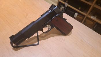 """Les Baer 1911 Custom Carry 5"""" 9mm, Blued"""