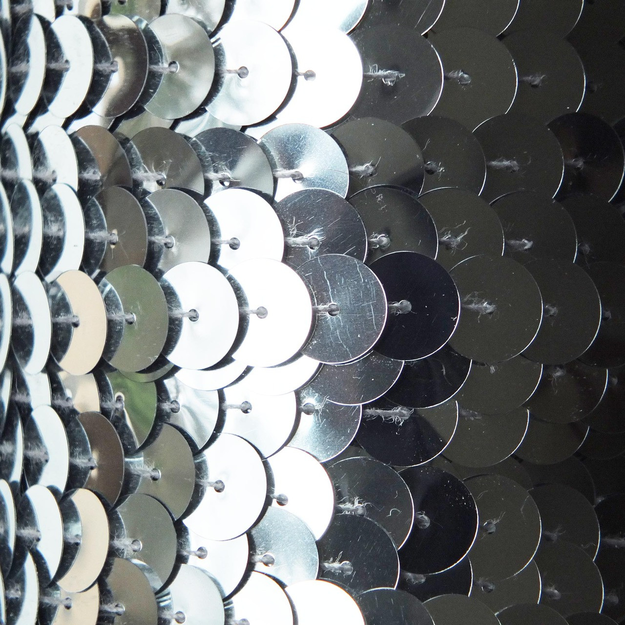 Sequin Trim 10mm Silver Metallic