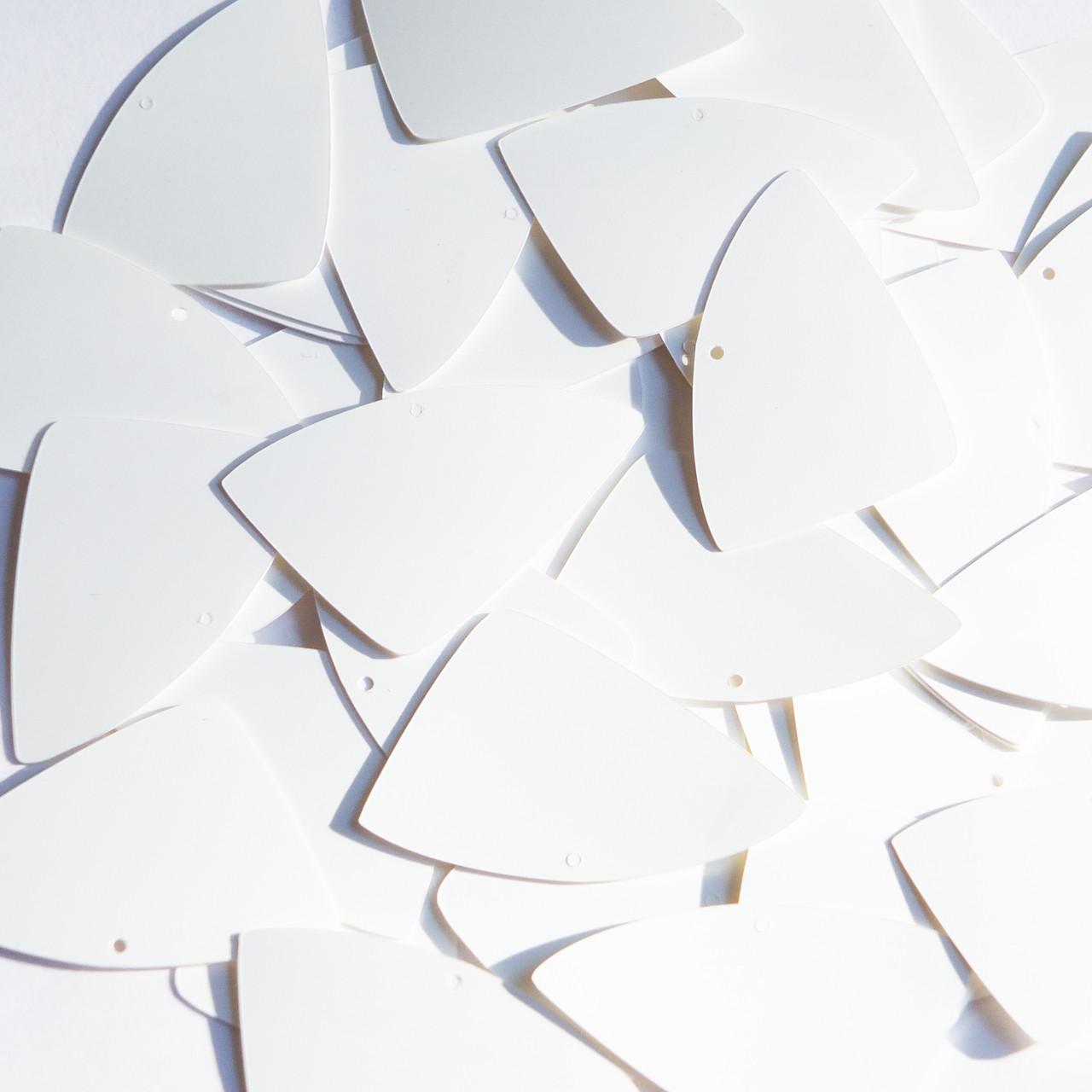 """Fishscale Fin sequins 1.5"""" White Matte Silk Frost"""