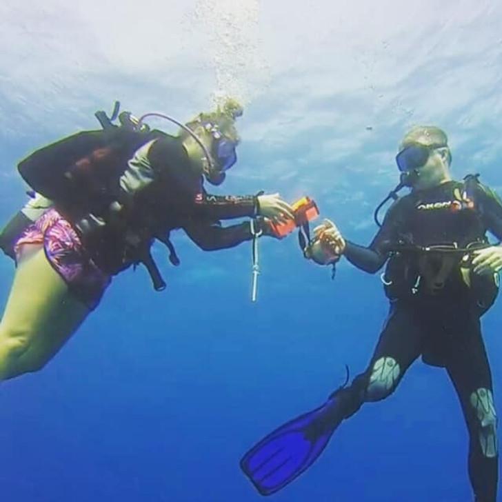 PADI Delayed Signal Marker Buoy Diver Specialty Course