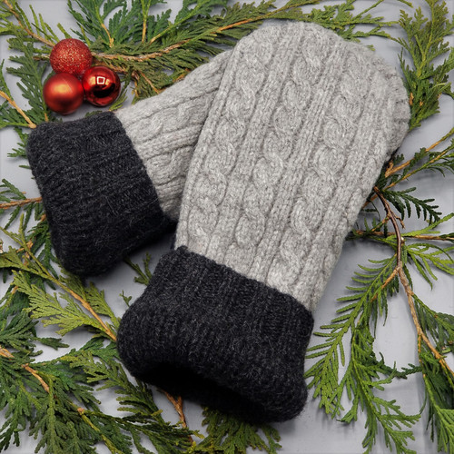 Recycled Wool Sweater Mittens, Felted & Fleece Lined, Heather Grey Cable knit with Black Cuff, Women's Regular Size, 1127
