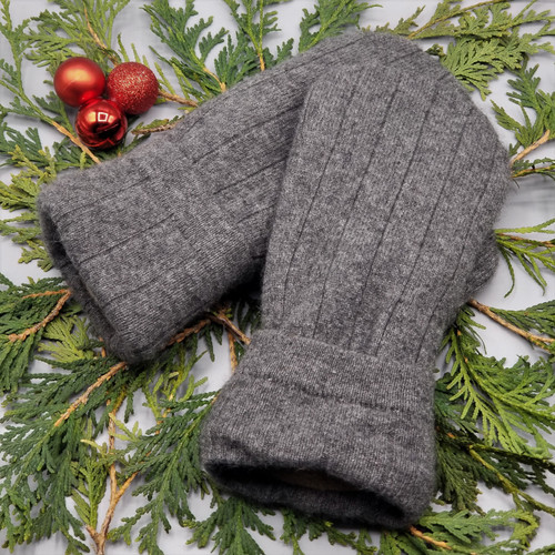 Recycled Wool Sweater Mittens, Felted & Fleece Lined, Cashmere Charcoal Grey Wide Ribbed with Coordinating Cuff, Women's Regular Size, 126