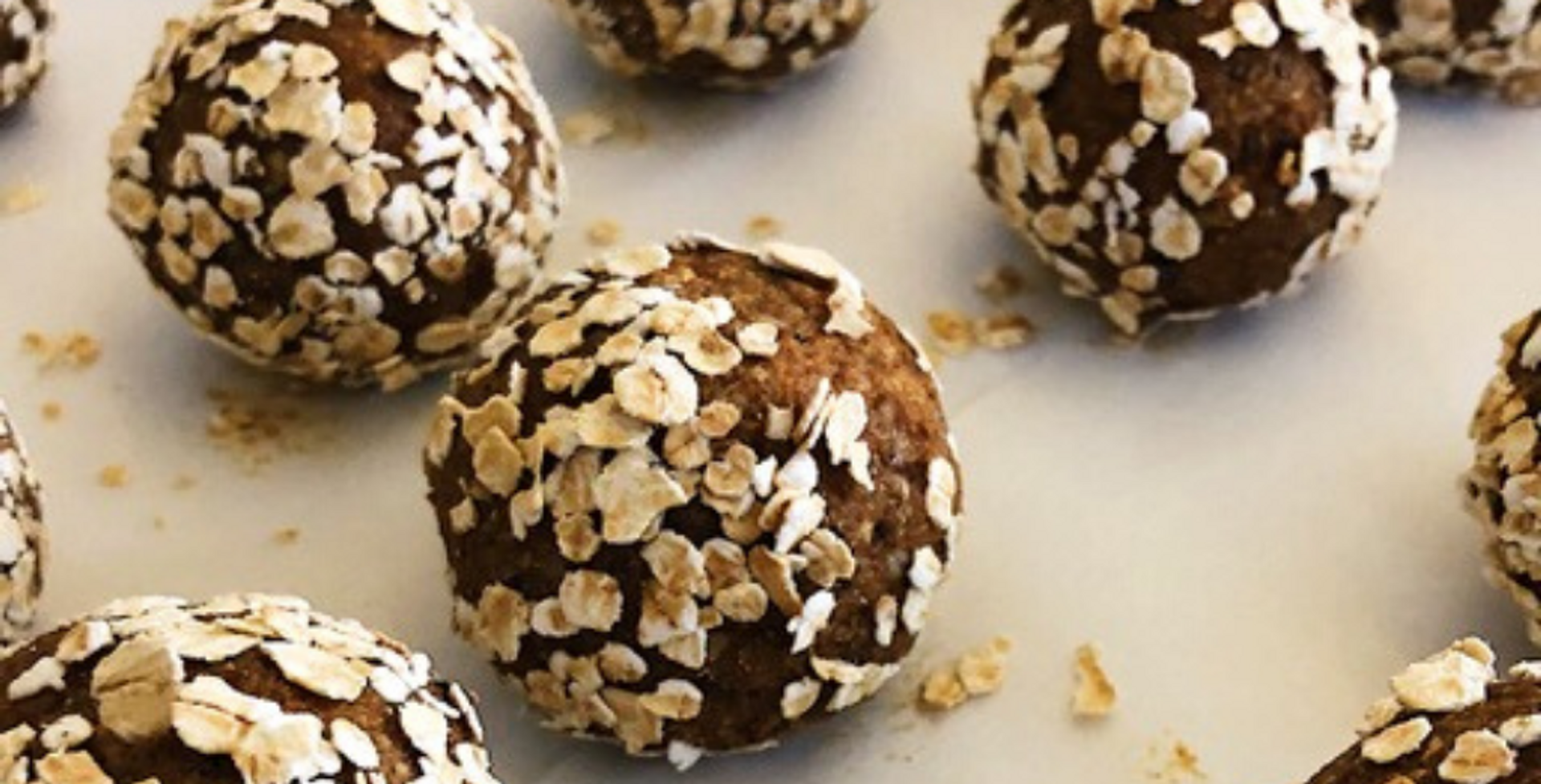 Protein, Chia & Oat Energy Balls with CBD oil