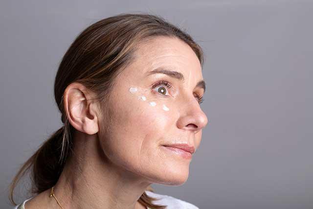 Balance Me Co-Founder Rebecca Hopkins wearing some Wonder Eye Cream