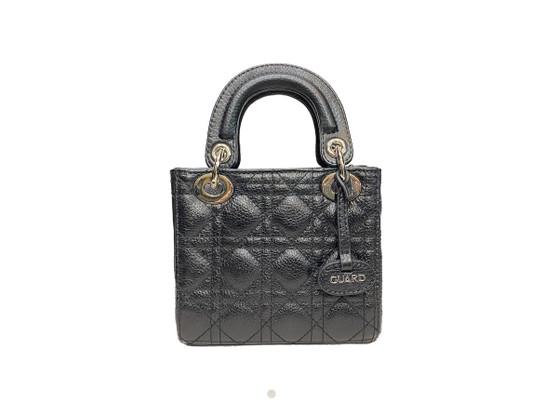 706 Black leather handbag