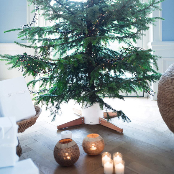 Tree Nest White (#219665) Timber Christmas Tree Stand