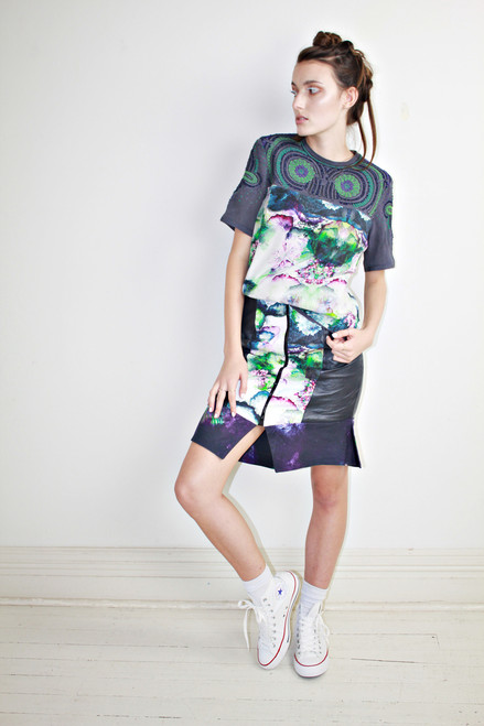 Lily Embroidered T-shirt