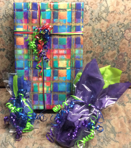 Gorgeous gift wrapping on any item at Bijou's Boutique!