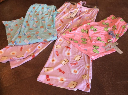 Comfy lounge pants at Bijou's Boutique! Cute prints.