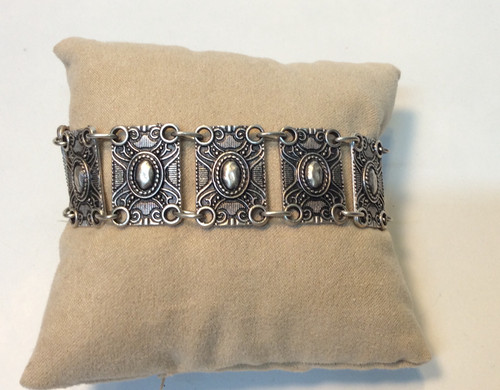 Zinc bracelet made in Turkey. Nickel free, non corrosive, and never loses its luster at Bijou's Boutique.