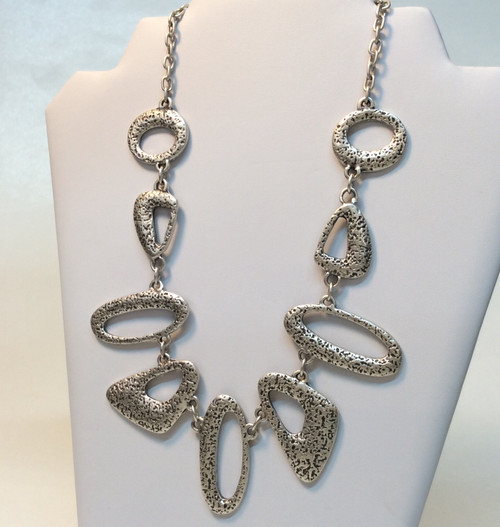 Oval shape Zinc necklace made in Turkey at Bijou's Boutique. Zinc based metal, nickel free, skin friendly allow. Will not tarnish.