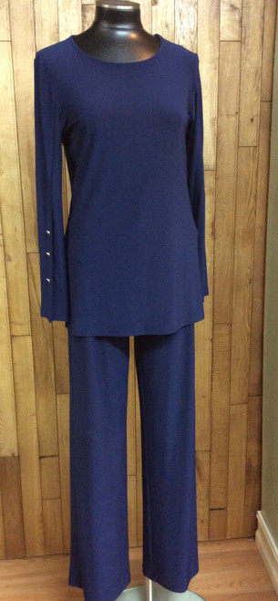 Softworks navy blue tunic with side slits and button treatment on the sleeves at Bijou's Boutique. Big open slit on the sleeves.
