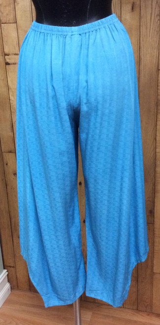 Iguana Turquoise Blue Pants at Bijou's Boutique.  Lightweight and comfortable wide-leg pant. 100% Rayon.  Perfect match with Iquana Blue Green Front Button Top.