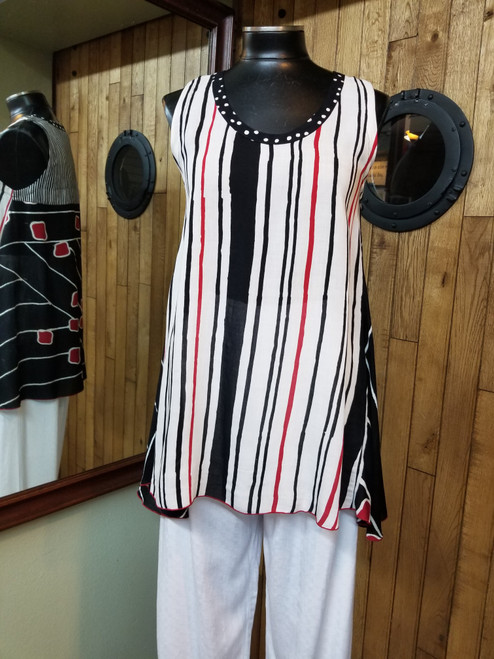 Iguana White, Red & Black Tank at Bijou's Boutique.  Batik print.   Stripe print front and pattern print back.  100% Rayon.  Very lightweight.