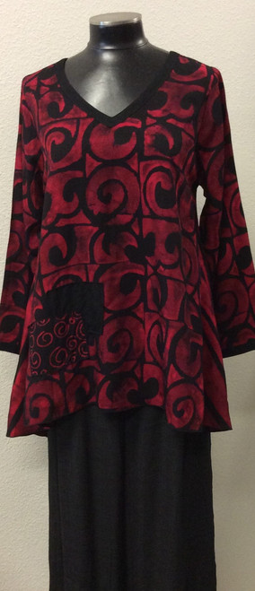 Iguana Red and Black Tunic at Bijou's Boutique.   Beautiful 100% Rayon Batik fabric.  Great for the holidays.  Also available in Teal and Black.