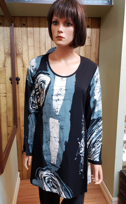 Iguana Black, Grey & White Tunic at Bijou's Boutique. Long Tunic with side slits.  100% Rayon batik fabric.  All items are FINAL SALE - NO EXCHANGES OR RETURNS on CLEARANCE Merchandise.