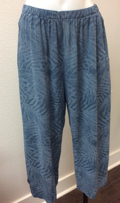 Kleen Citron Bleu Cropped Pant at Bijou's Boutique. Wide leg pant in a subtle leaf print. Side slits have button closure detail. Front pockets. 70% Rayon/30 Linen.   Made in the USA.