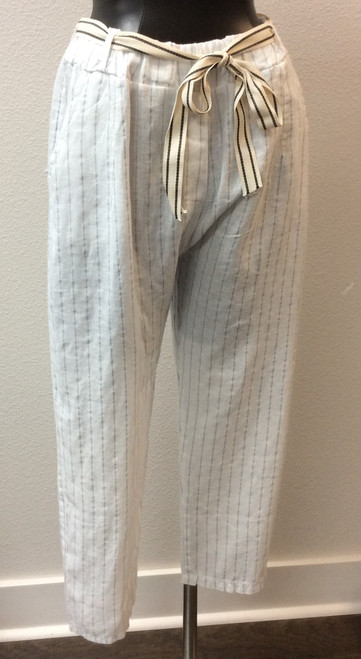 Pure Venice Linen Capri Pants at Biijou's Boutique.  White with small silver stripes.  Side pockets.   100% washable Linen.  Made in Italy.
