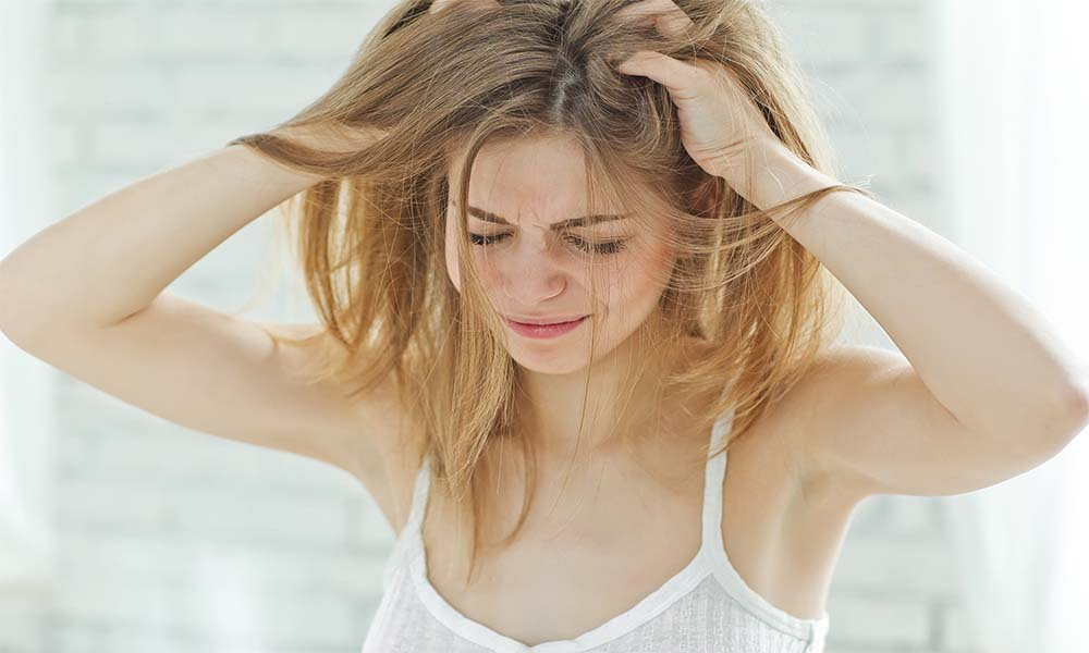 How To Treat Dandruff At Home?