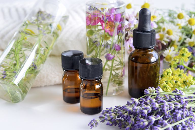 Top 6 Essential Oils For Sunburn Relief and Prevention