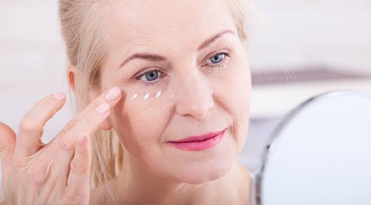 Be Forever Young: Get Rid Of Wrinkles Naturally