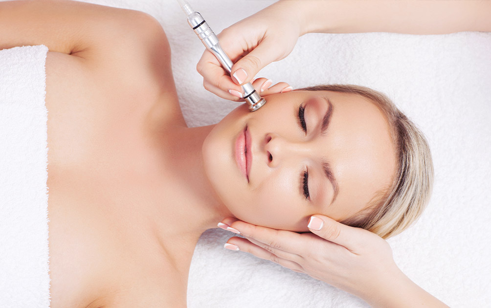 Microdermabrasion Benefits, Process and Aftercare