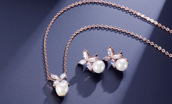 CZ Crystal and Pearl Jewelry Set in Silver or Rose Gold