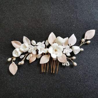 Chic Porcelain Flower Pearl Wedding Hair Comb