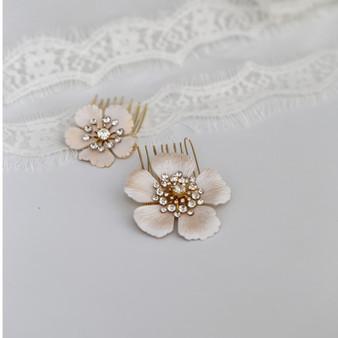 Beautiful Flower Wedding Hair Combs 2 Piece Set