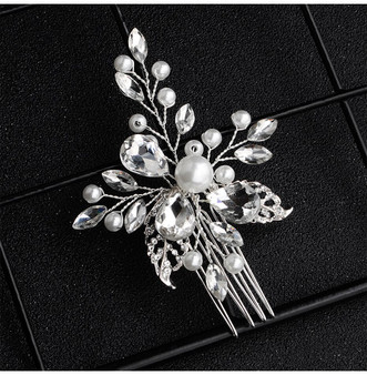 Beautiful Pearl and Rhinestone Bridal Hair Comb