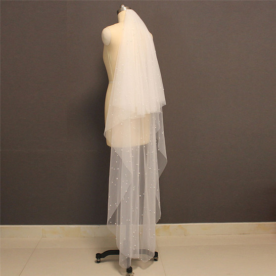 veil with pearls