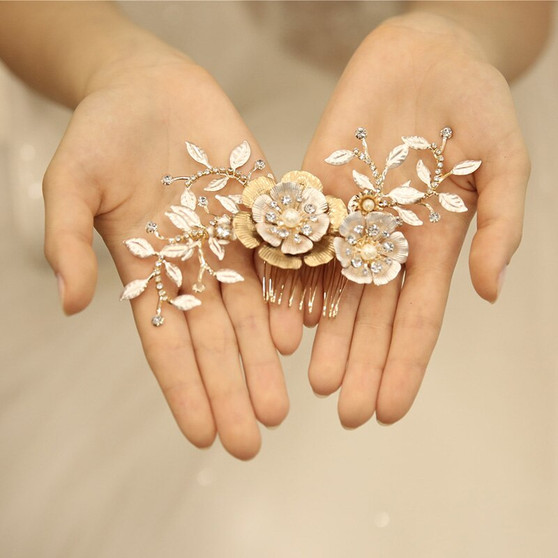 Gorgeous Gold Plated Floral Bridal Hair Comb