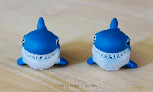 Squirting Sharks  (4 pack)