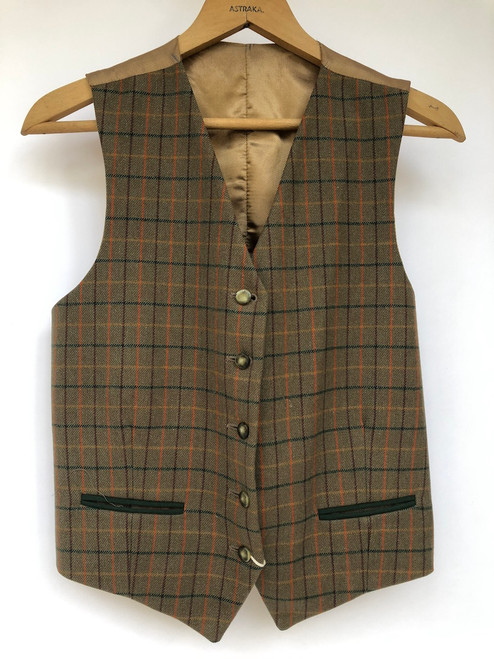 """Lovely Tattersall waistcoat by Alexander James, 37-38"""" (Size 14)"""
