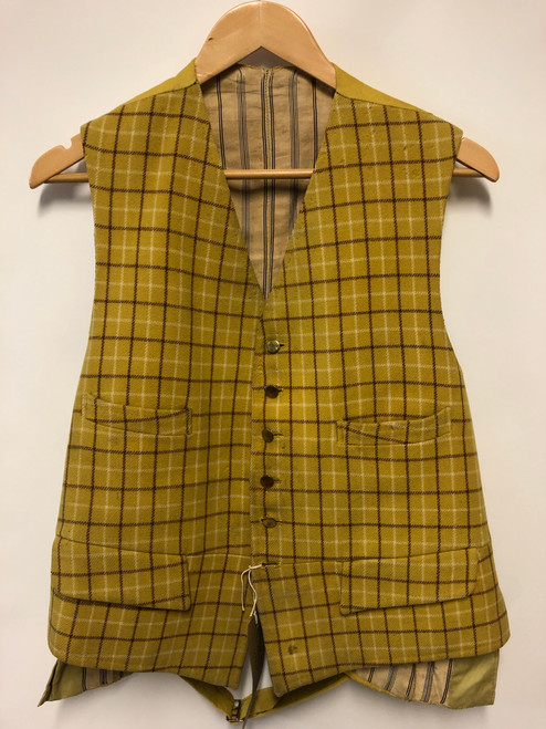 Beautiful 1959 bespoke Harry Hall hunting waistcoat, c. 40""