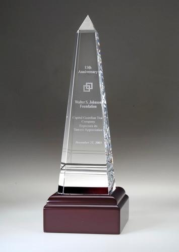 Grooved Crystal Obelisk