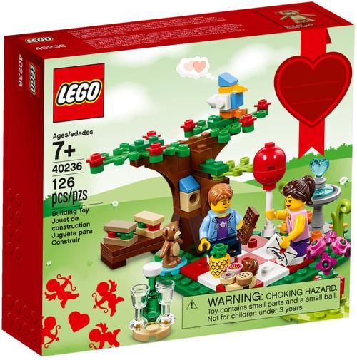 40236 LEGO® Romantic Valentine Picnic